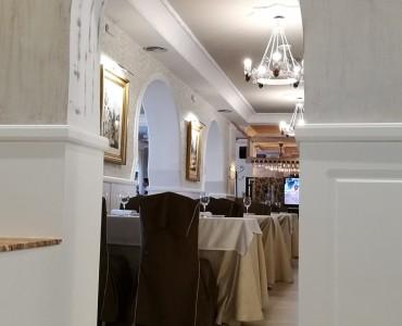 http://restaurantemontserrat.com/wp-content/uploads/2015/09/montserrat2-370x300.jpg